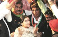 Aparna Yadav made Rita Bahuguna Joshi run: Raj Babbar