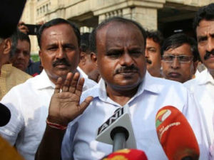 HD Kumaraswamy breaks down at JD(S) event, anguished over difficulty in running coalition govt in Karnataka with Congress